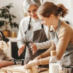 Ciasto drożdżowe – przepis babci. Upiecz idealny placek drożdżowy!