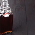 Nalewka z malin – przepis babci. Wypróbuj najlepszą, znaną od lat recepturę!