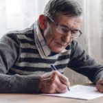 Ćwiczenia pamięci dla seniorów – gimnastyka umysłu jest ważna w każdym wieku!