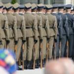 Emerytura wojskowa – ile wynosi? Po ilu latach można przejść na emeryturę w wojsku?