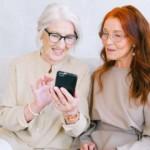 Smartfon dla seniora – ranking. Jakie telefon dotykowy kupić starszej osobie?