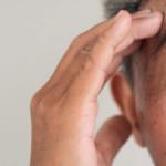 Zawroty głowy – czy mogą zagrażać zdrowiu? Przyczyny i leczenie zaburzeń równowagi